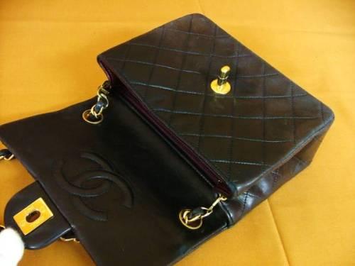 Chanel 2.55 Black3